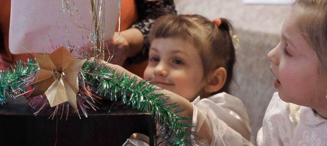 Дополнение Рождественского альбома с детского праздника в трапезной.